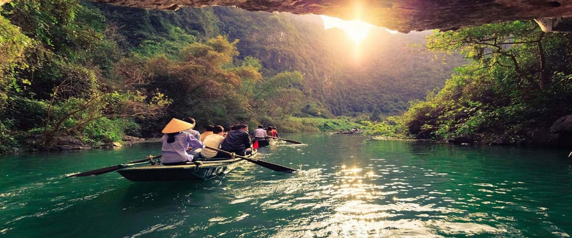 FAMILY INDOCHINA: VIETNAM, CAMBODIA & LAOS